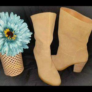 Lucky brand 8 boots